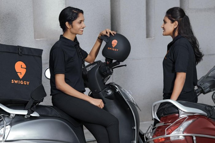 Delivery Girls Are Increasing And Getting Paid Better Than Other Jobs On Average