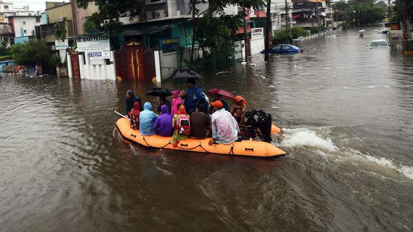 Bihar Floods: NDRF Maxed the Rescue Operation | Death Toll more than 100